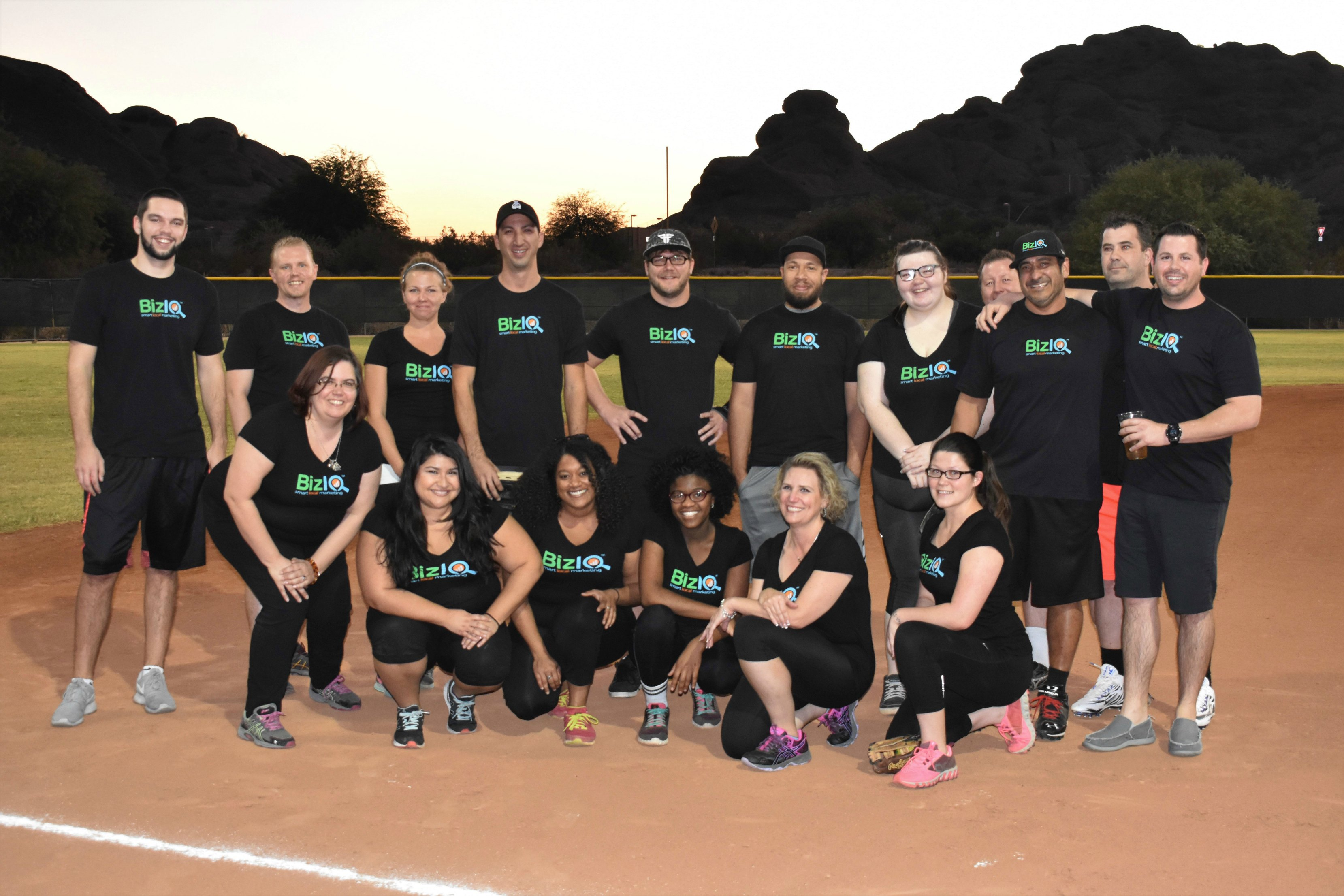biziq softball team